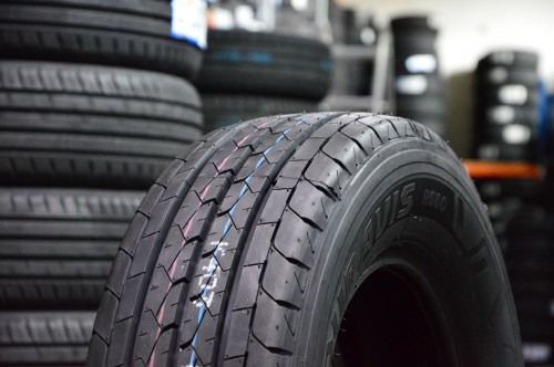 Bridgestone DUR R660
